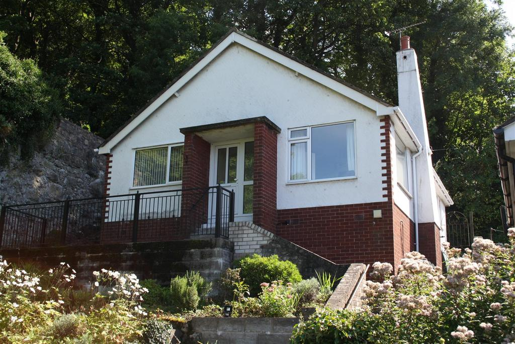 2 Bedrooms Detached Bungalow for sale in Waterfall Road, Dyserth