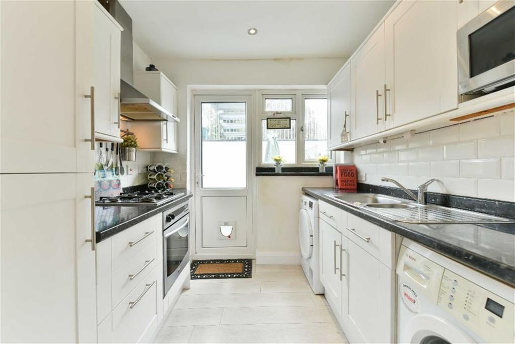 2 Bedrooms Maisonette Flat for sale in The Maisonettes, Sutton, Surrey