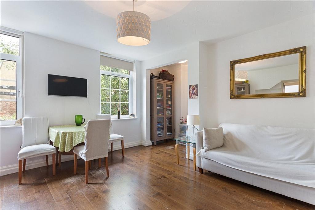 1 Bedroom Flat for sale in Topham Street, Clerkenwell, London, EC1R