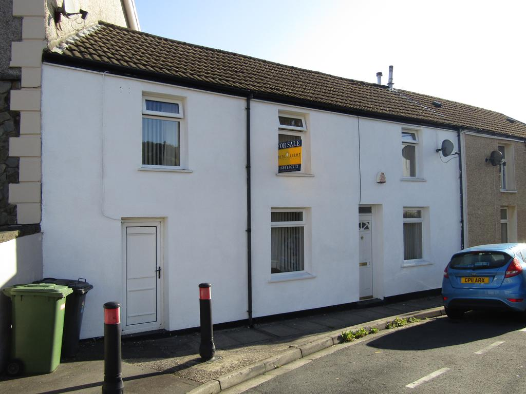2 Bedrooms End Of Terrace House for sale in Ynysllwyd Road, Aberaman, Aberdare CF44