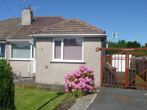 3 Bedrooms Semi Detached Bungalow for sale in Wingate Avenue, Westgate, Morecambe LA4