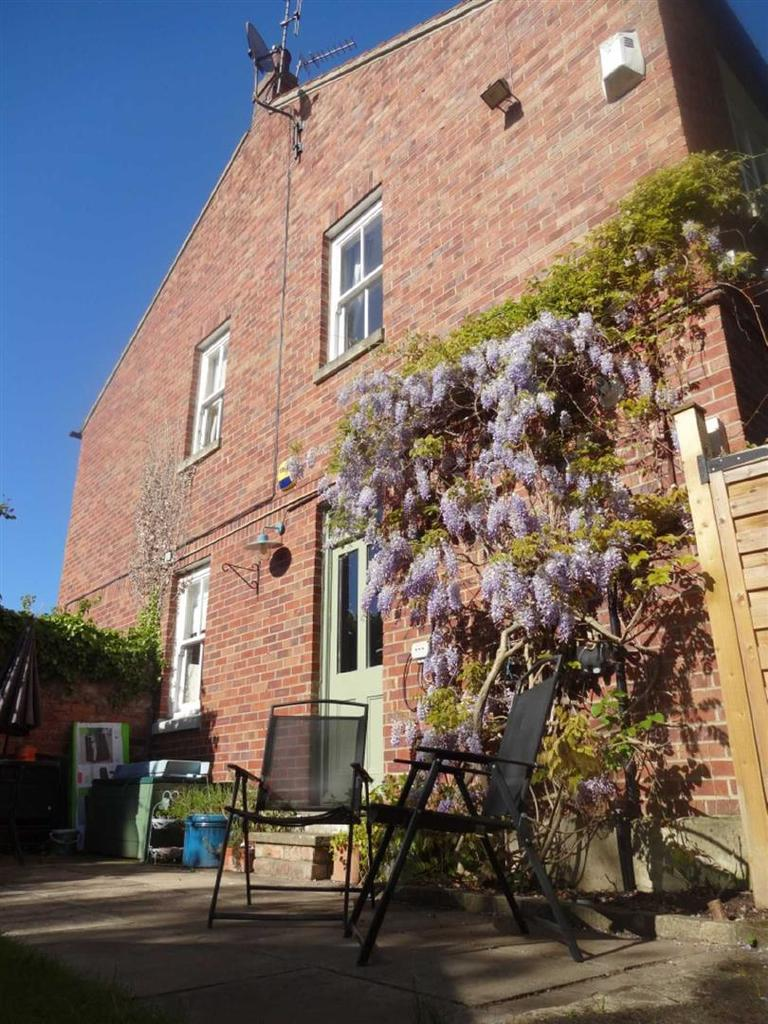 3 Bedrooms Town House for sale in Manor House Mews, Yarm