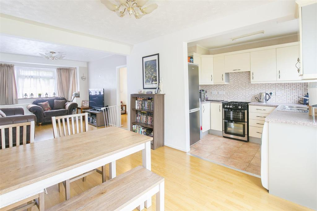 3 Bedrooms House for sale in Grove Road, Mitcham