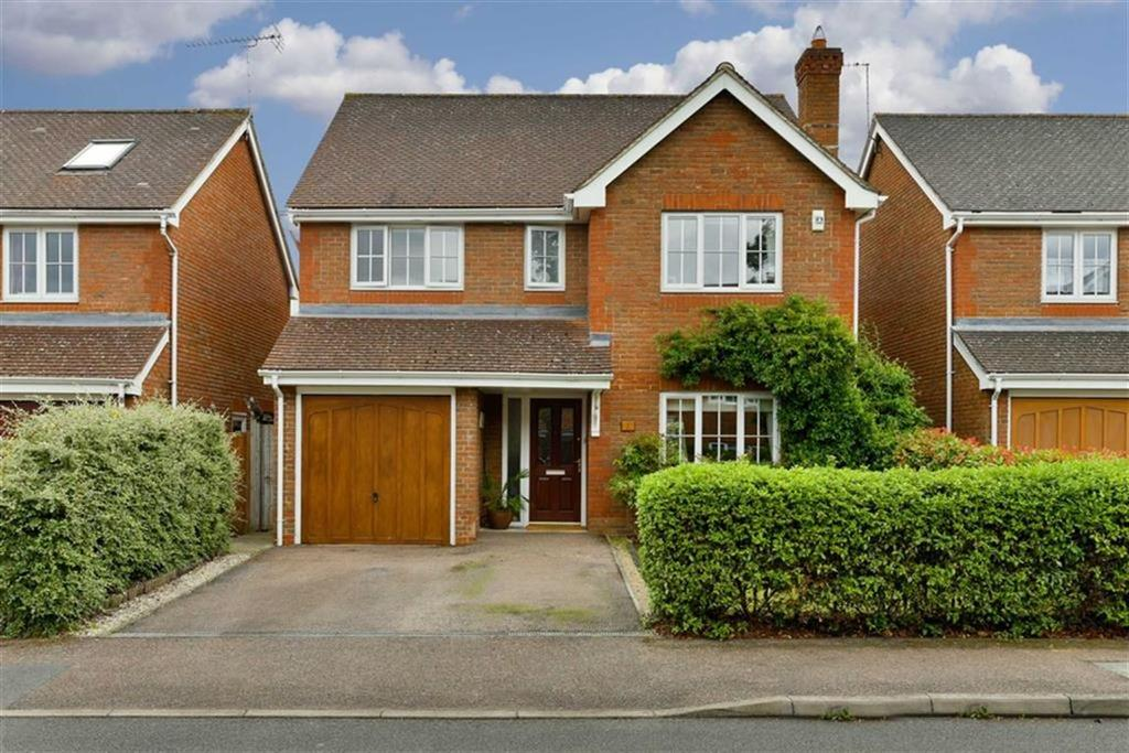 4 Bedrooms Detached House for sale in Monro Place, Epsom, Surrey