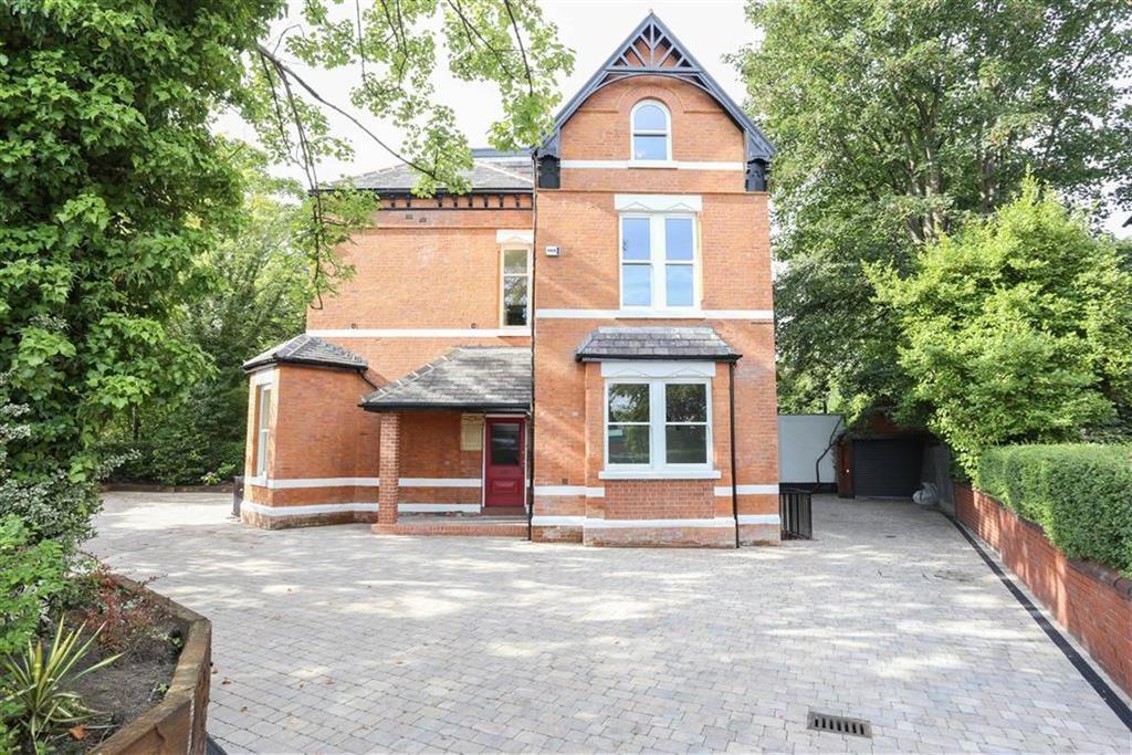 2 Bedrooms Flat for sale in Heaton Moor Road, Heaton Moor/Chapel
