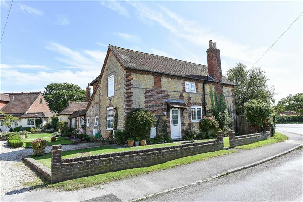 2 Bedrooms Cottage House for sale in Crooked Lane, Birdham, West Sussex