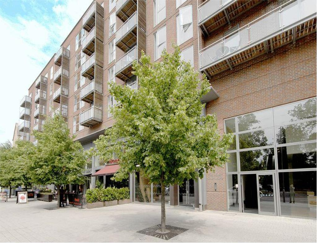 1 Bedroom Apartment Flat for sale in The Heart, WALTON ON THAMES KT12