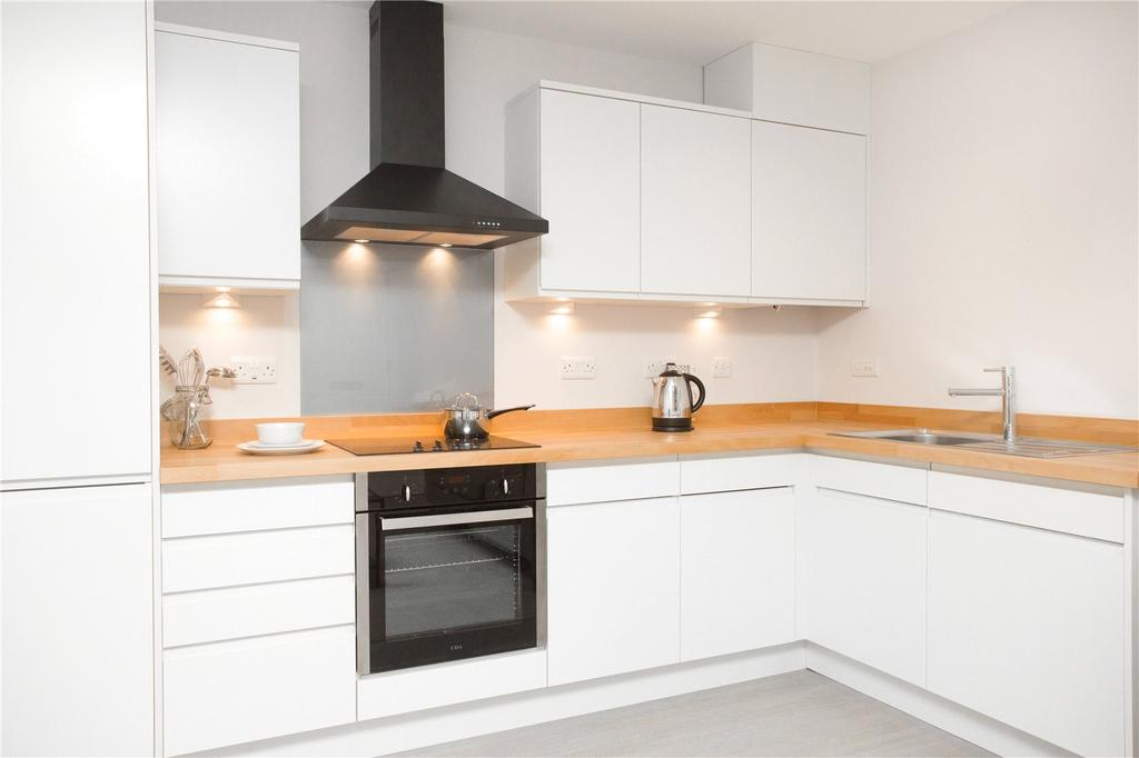 1 Bedroom Apartment Flat for sale in Brewery Mews, Watford, Hertfordshire, WD17