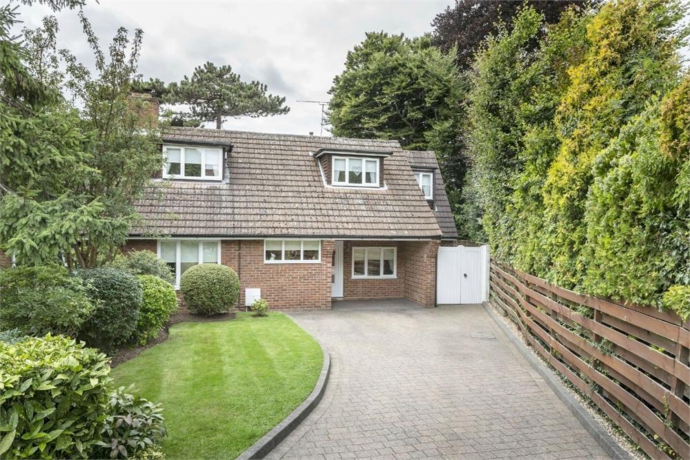 5 Bedrooms Semi Detached House for sale in Limes Crescent, BISHOP'S STORTFORD, Hertfordshire