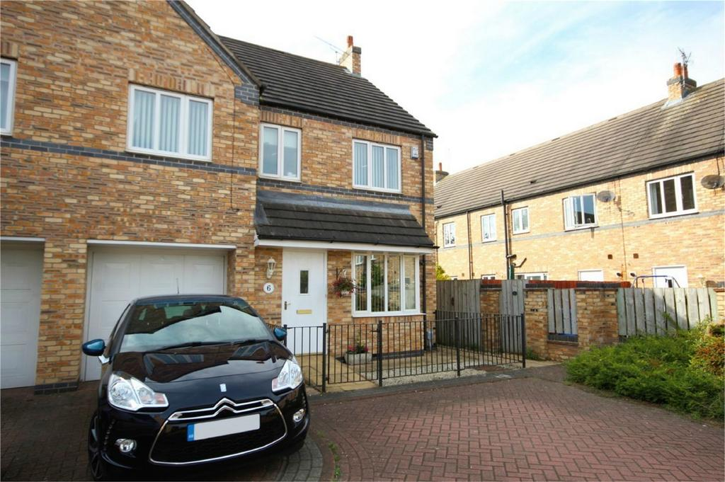 4 Bedrooms Semi Detached House for sale in Malton Mews, Beverley, East Riding of Yorkshire