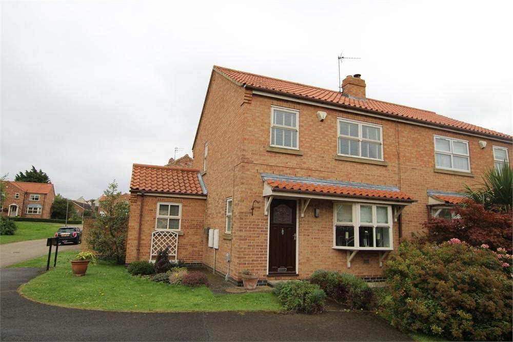 3 Bedrooms Semi Detached House for sale in 1 Village Farm Road, Preston, East Riding of Yorkshire