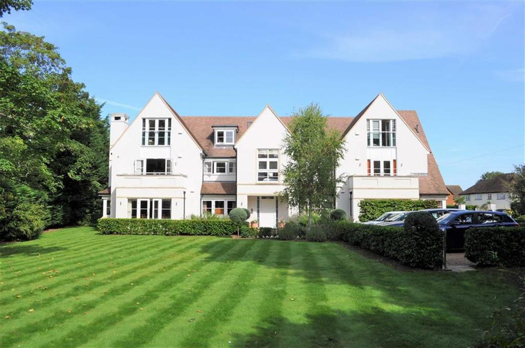 2 Bedrooms Apartment Flat for sale in Westbourne Place, Farnham
