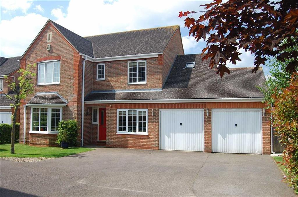 4 Bedrooms Detached House for sale in 8, Orchid Close, Bicester