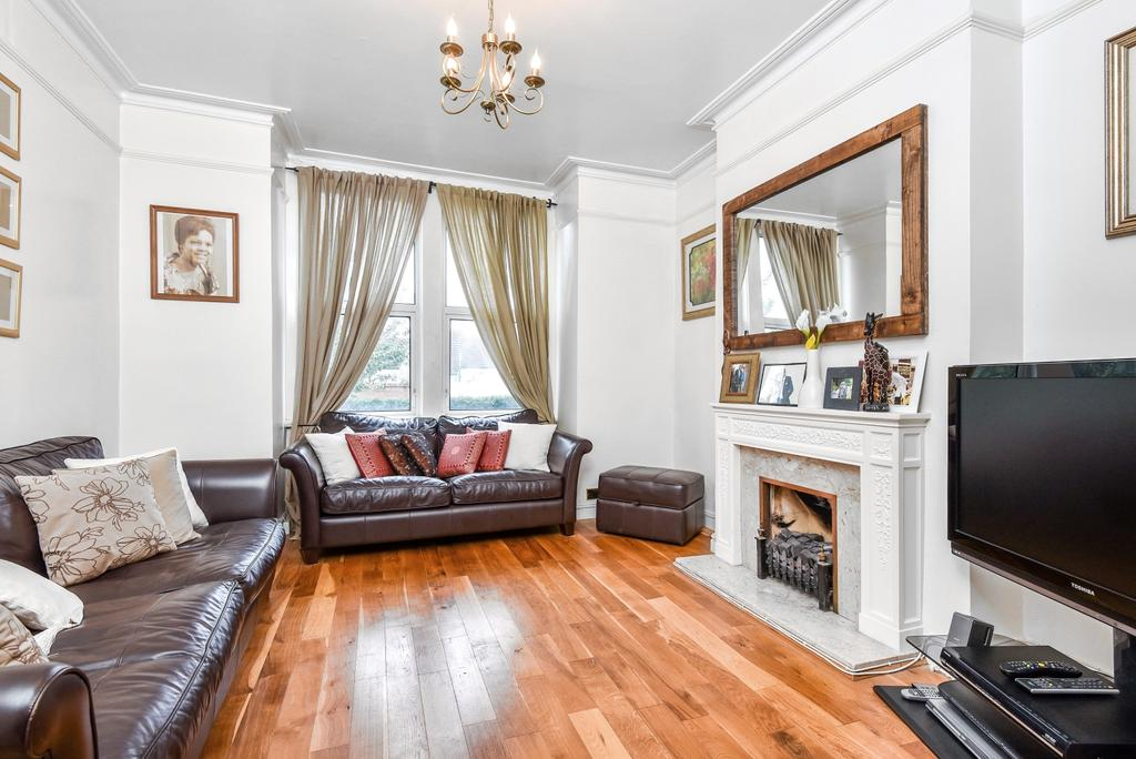 3 Bedrooms Terraced House for sale in Buller Road Thornton Heath CR7