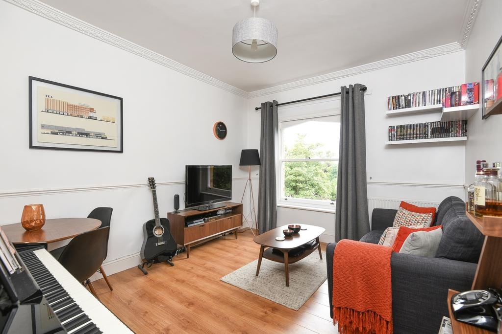 1 Bedroom Flat for sale in Crystal Palace Park Road London SE26