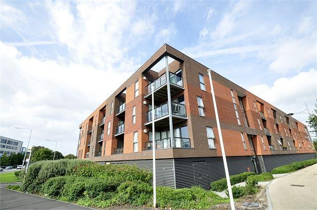 1 Bedroom Apartment Flat for sale in Selsker Court, Usk Way , Newport, Gwent . NP20 2FW