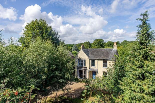 5 Bedrooms Detached House for sale in High Street, Harston, Cambridgeshire