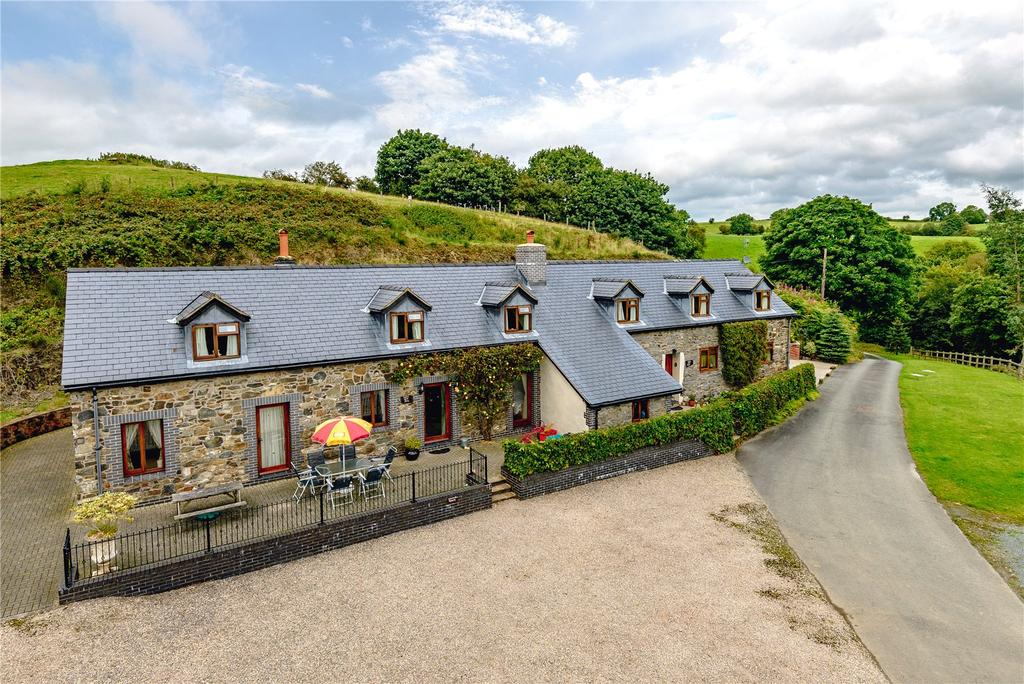 7 Bedrooms Barn Conversion Character Property for sale in Twelve Acre House Twelve Acre Barn, Llanfihangel, Llanfyllin, Powys