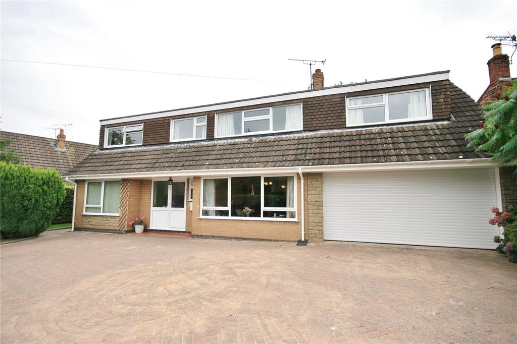4 Bedrooms Detached House for sale in Main Road, Shavington, Crewe, Cheshire, CW2