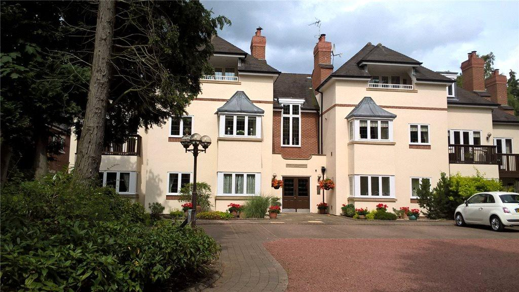 2 Bedrooms Apartment Flat for sale in Snowberry Gardens, 609 Warwick Road, Solihull, West Midlands, B91