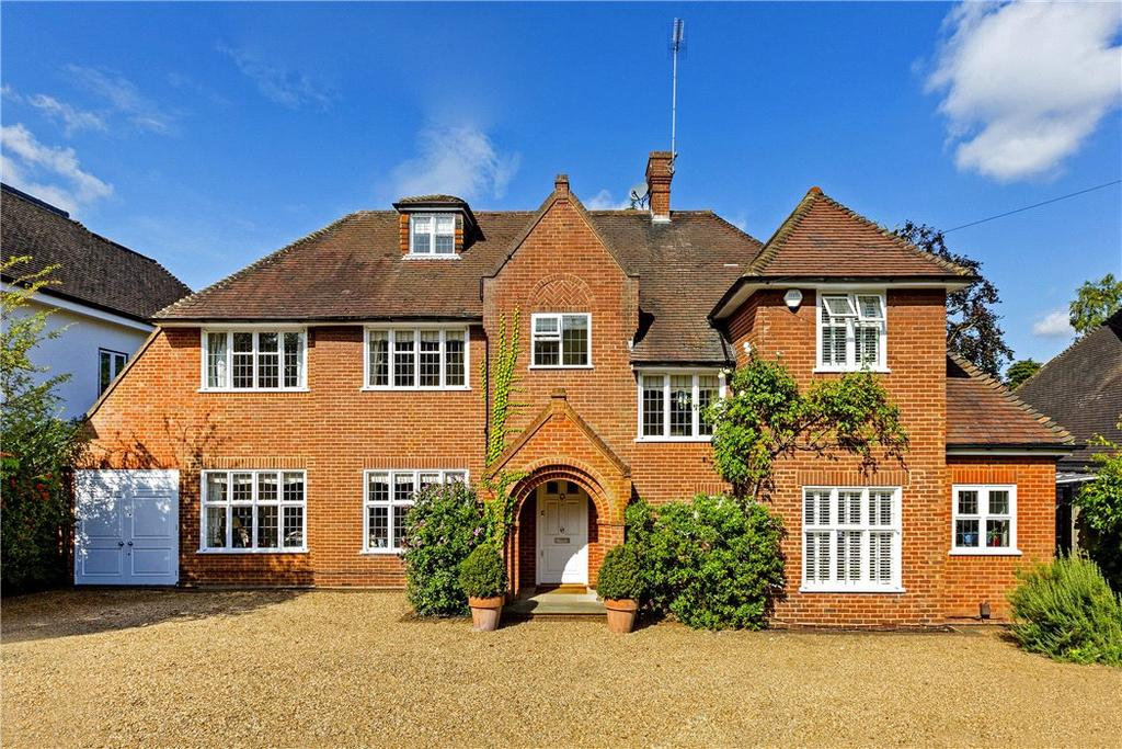 5 Bedrooms Detached House for sale in Roehampton Gate, London, SW15