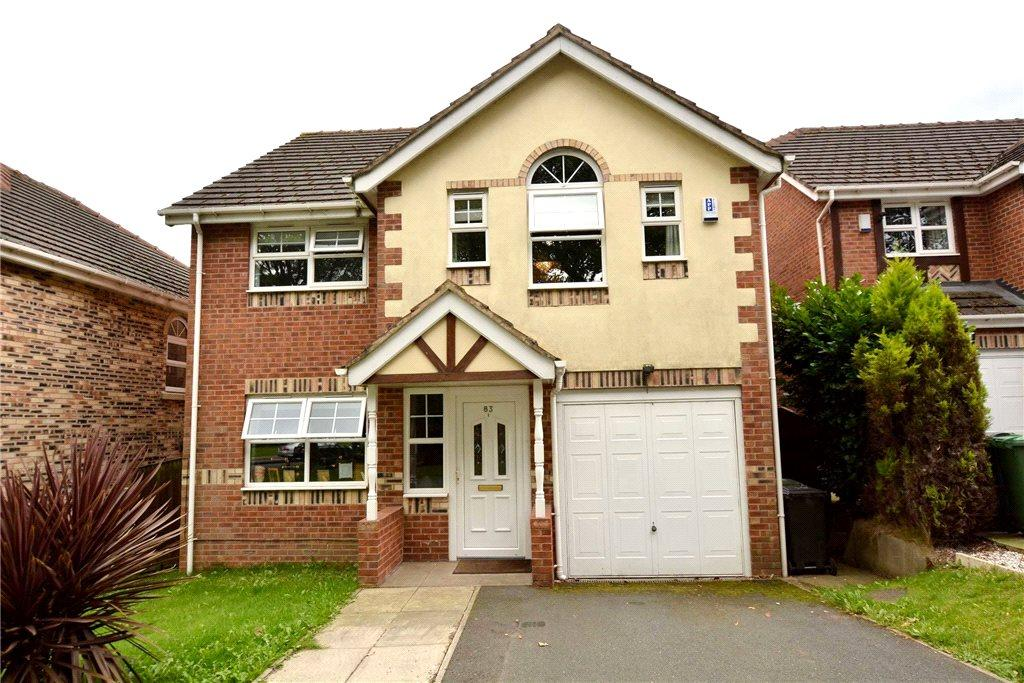 4 Bedrooms Detached House for sale in Sycamore Chase, Pudsey, West Yorkshire