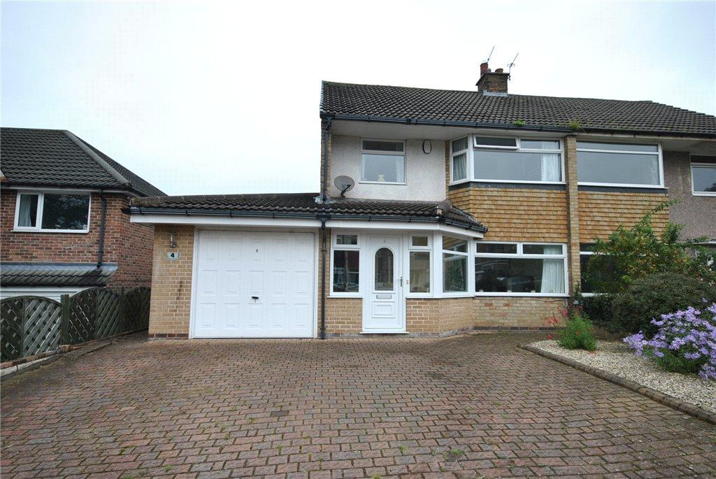 3 Bedrooms Semi Detached House for sale in Moseley Wood Rise, Cookridge, Leeds