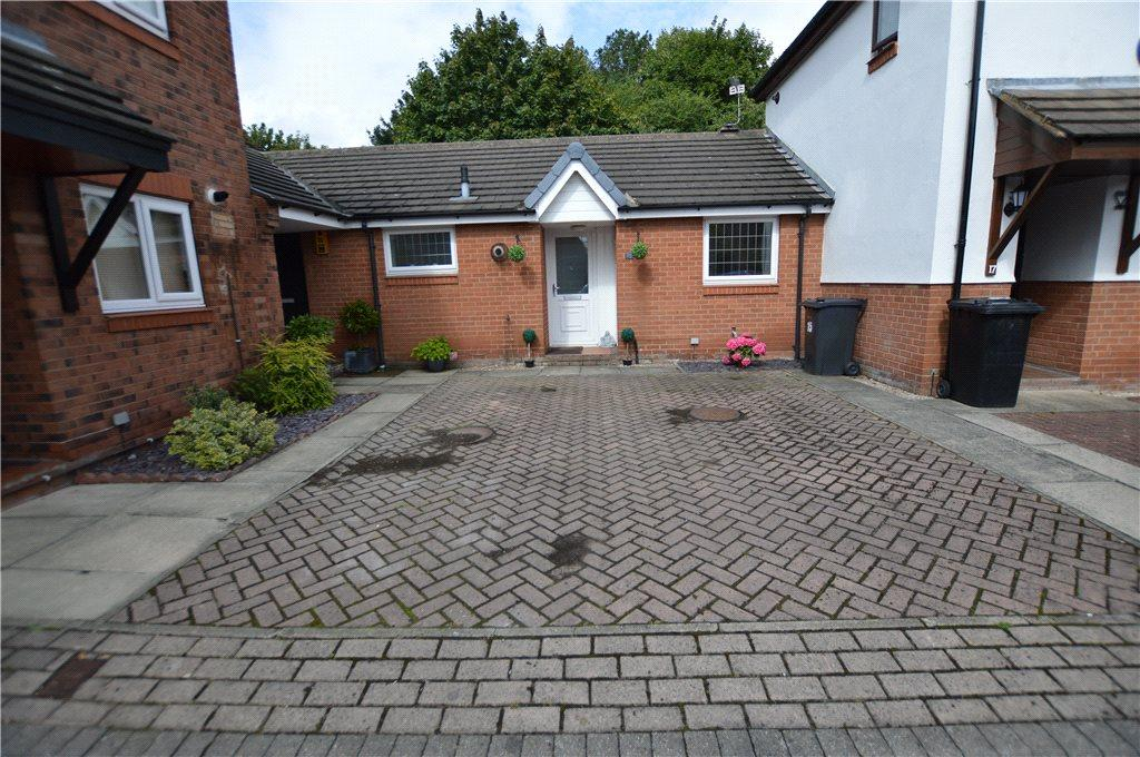 1 Bedroom Semi Detached Bungalow for sale in High Bank Close, Leeds