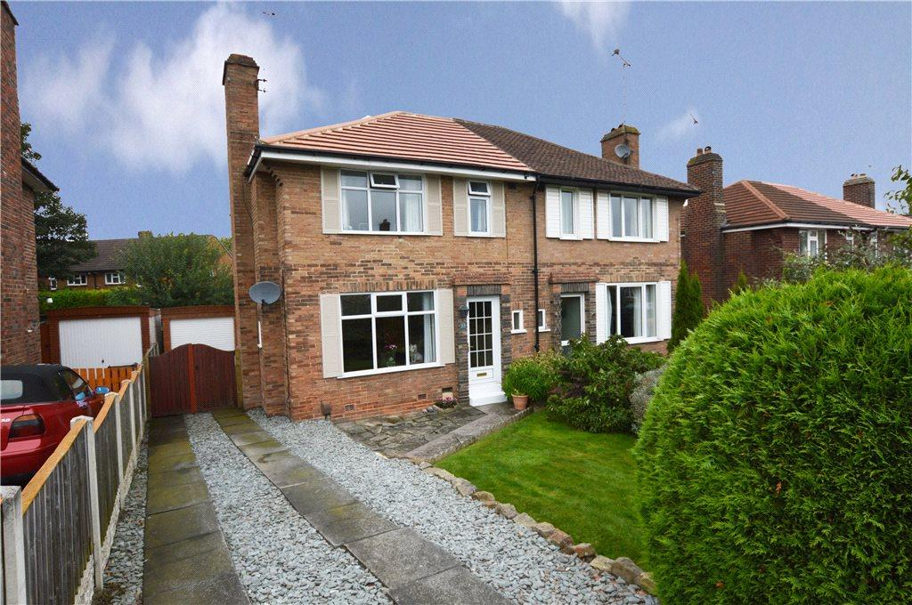 3 Bedrooms Semi Detached House for sale in Woodlands Drive, Harrogate, North Yorkshire