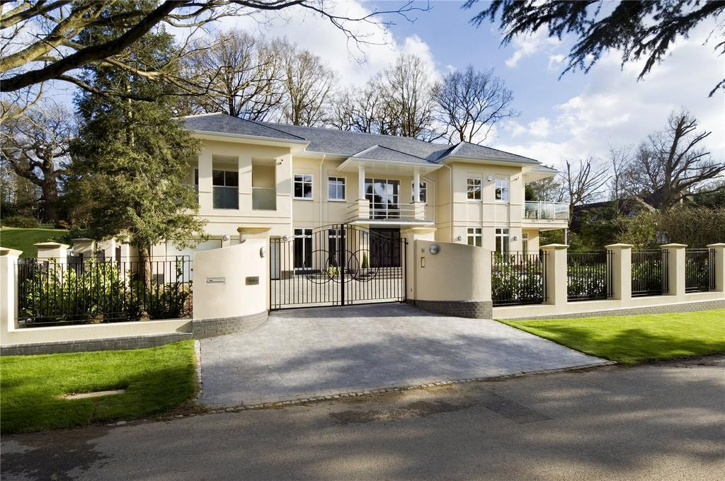 6 Bedrooms Detached House for sale in Camp Road, Gerrards Cross, Buckinghamshire