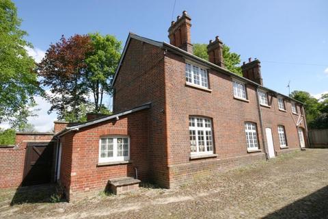 3 bedroom maisonette to rent - The Courtyard, Bartlow, Cambridgeshire, CB21