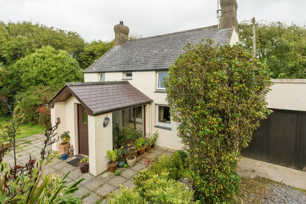 3 Bedrooms Cottage House for sale in Bryncroes, Pwllheli, North Wales