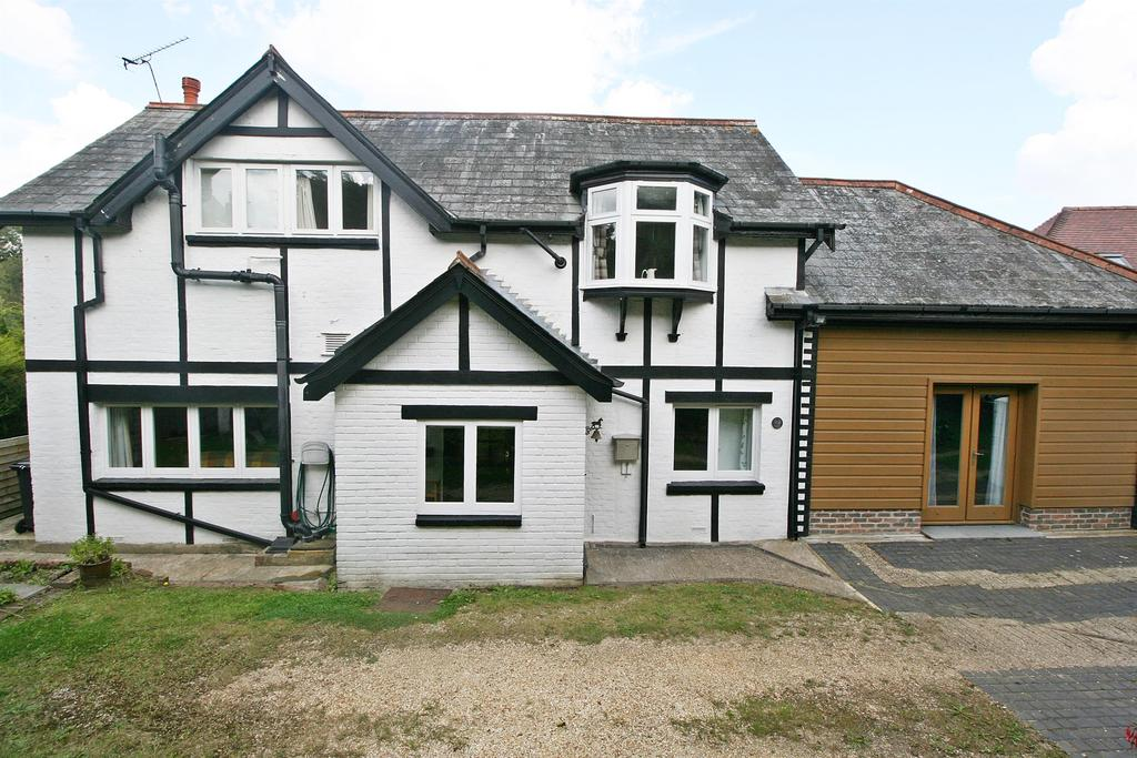 3 Bedrooms Detached House for sale in Oakhurst Close, Netley Abbey, Southampton, SO31 5AW