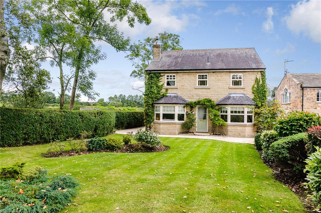 4 Bedrooms Detached House for sale in Woodlands, Lund House Green, Harrogate, North Yorkshire, HG3