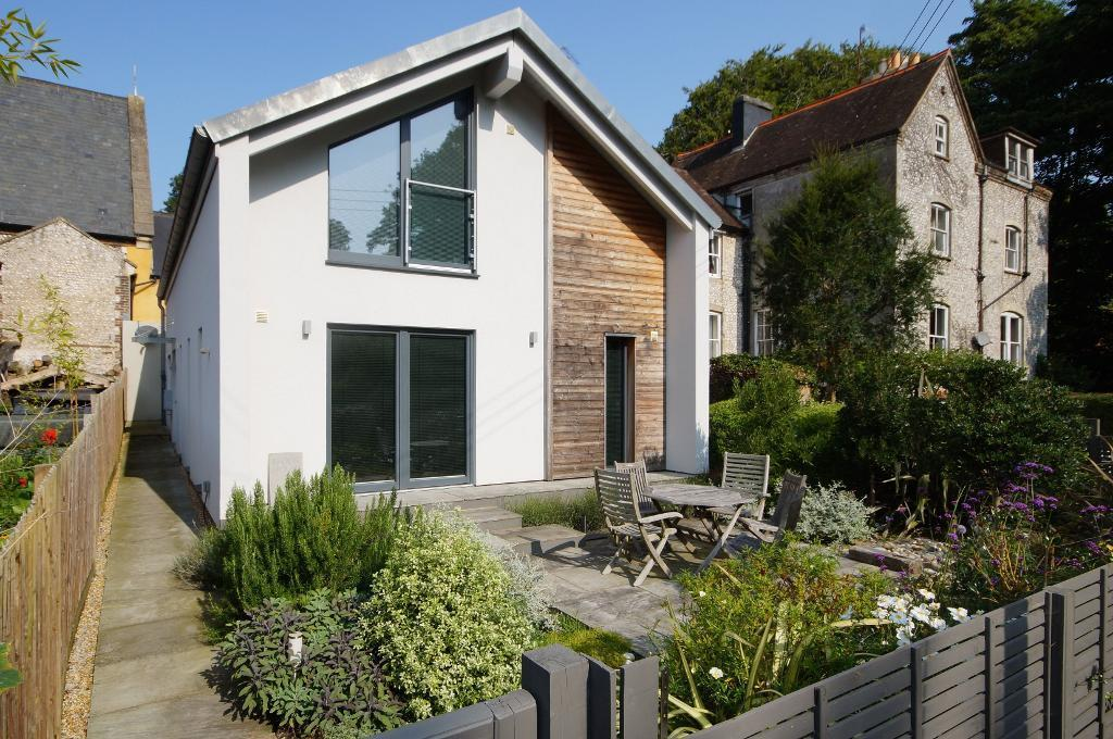 3 Bedrooms Detached House for sale in Wykeham Close, Steyning, West Sussex, BN44 3GR