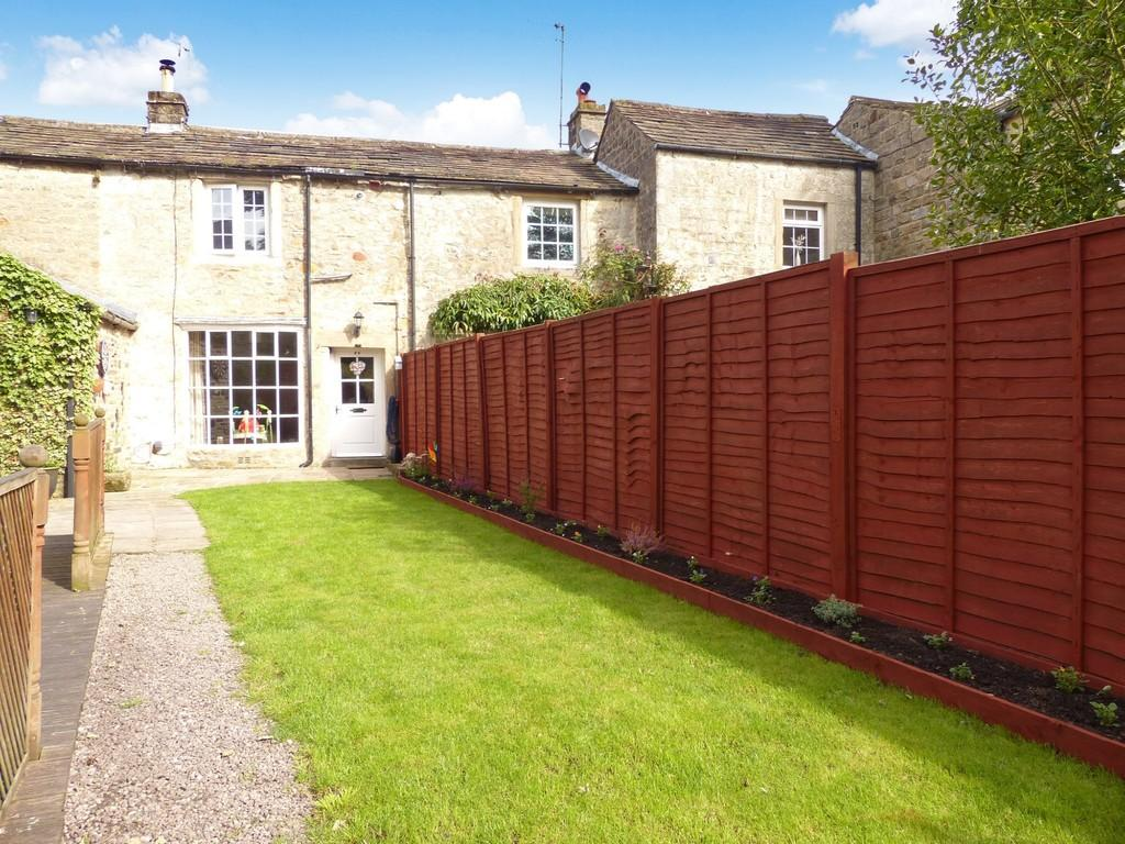 2 Bedrooms Cottage House for sale in Hideaway Cottage, Main Street, Embsay