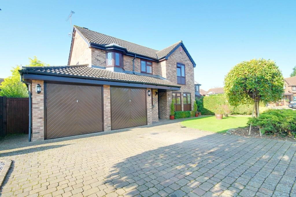 4 Bedrooms Detached House for sale in Furlong Way, Great Amwell