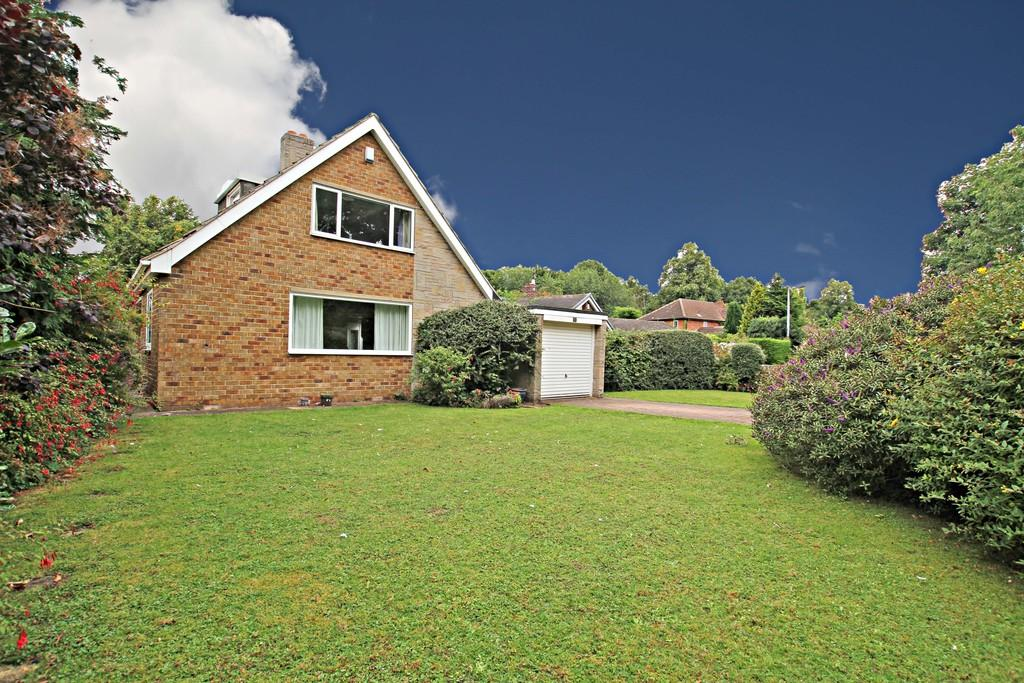 3 Bedrooms Detached Bungalow for sale in St Chads Way, Sprotbrough, Doncaster