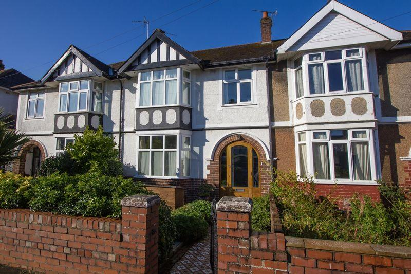 3 Bedrooms Terraced House for sale in Countess Place, Penarth