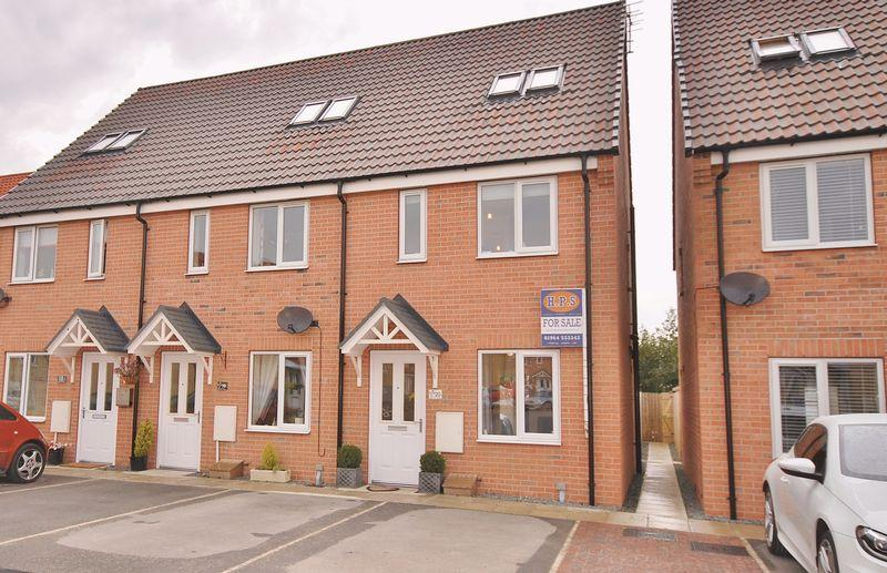 3 Bedrooms End Of Terrace House for sale in Avocet Close, Hornsea