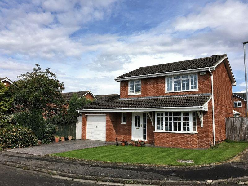 4 Bedrooms Detached House for sale in Scugdale Close, Yarm TS15 9UG
