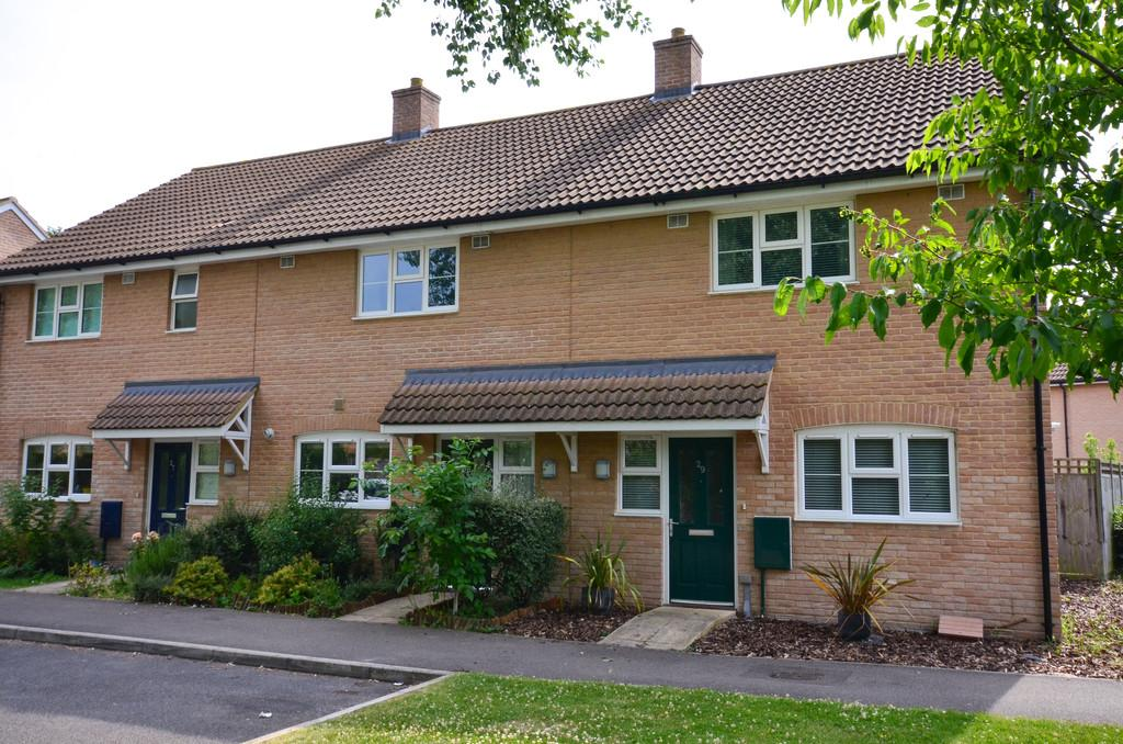 2 Bedrooms Terraced House for sale in Roberts Way, Fulbourn, Cambridge