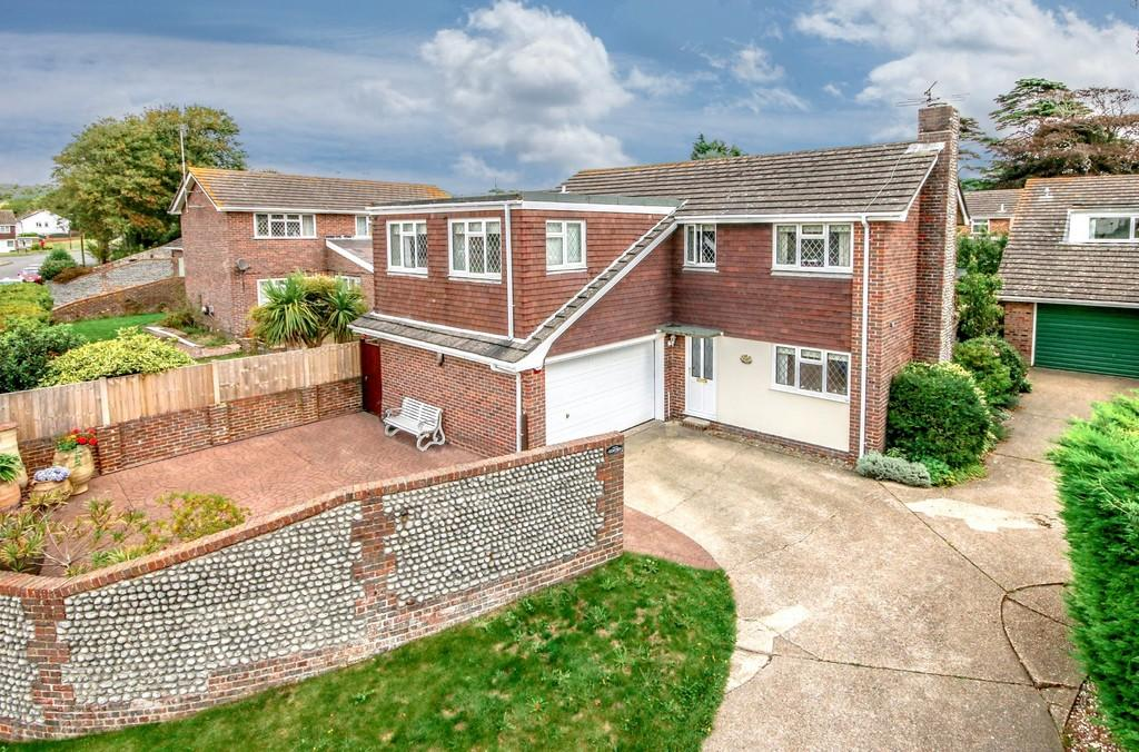 5 Bedrooms Detached House for sale in Shoreham-by-Sea