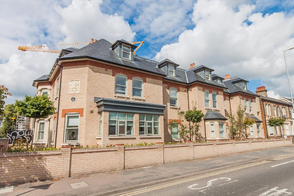 Studio Flat for sale in Humberstone Road, Cambridge