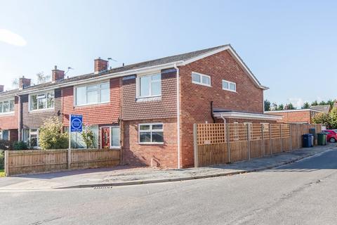 2 bedroom end of terrace house for sale - Derwent Close, Cambridge