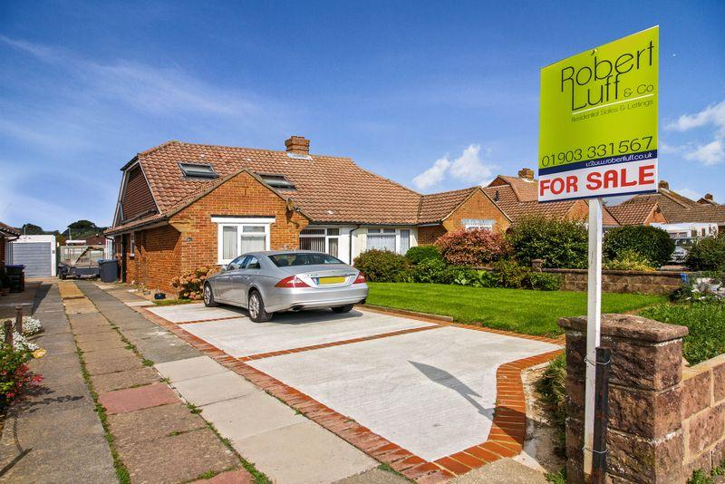 4 Bedrooms Bungalow for sale in Palatine Road, Goring-by-Sea
