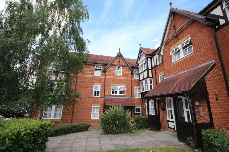 1 Bedroom Flat for sale in Conisborough Court, Osbourne Road, Dartford