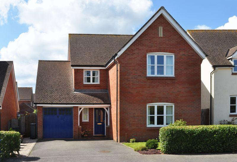 4 Bedrooms Detached House for sale in Broadclyst