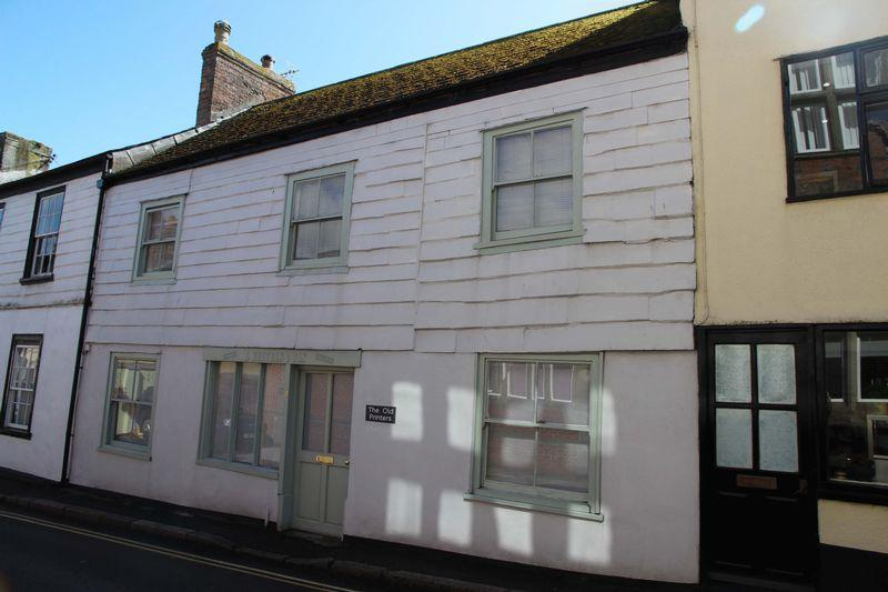 3 Bedrooms Terraced House for sale in Broad Street, St Columb