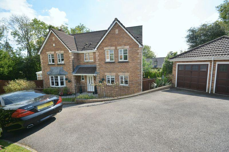4 Bedrooms Detached House for sale in Ysbryd Y Coed, Bridgend